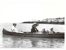 PHOTO.  ORIGINALE ..PONTAILLAC..ROYAN ..ST GEORGES . TOUS EN CANOE ..TBE.. Format :  130 X 90 Mm - Lieux