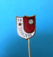 FC SARAJEVO Football Soccer Club Bosnia Ex Yugoslavia Old Pin Badge Fussball Futbol Futebol Calcio Anstecknadel - Fútbol