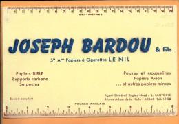 """BUVARD 21 X 13,5: Papier à Cigarettes """" Le Nil """" , Joseph Bardou à Arras - Tobacco"""