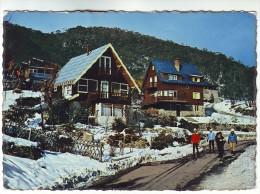 CP255 Australia Quaint Alpine Lodges At Thredbo In Winter - Australie