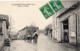 VILLENEUVE-DE-MARC  SORTIE DU VILLAGE ATTELAGE - Frankrijk