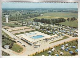 VILLARS LES DOMBS 01 - La Piscine ( Camping Et Chateau D'eau En Second Plan ) - Ain - Villars-les-Dombes