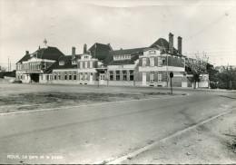 CPSM - ROUX (Charleroi) - La Gare Et La Poste - Edit. Smetz-  TBE - Circulée En 1974 - Charleroi