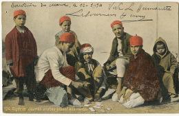 124 Algerie Jeunes Arabes Jouant Aux Cartes Playing Cards Vive L' Humanité Communiste Syndicaliste - Enfants