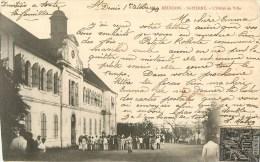 La Réunion - Saint-Pierre - ** L'Hôtel De Ville - Animé ** - Cpa Circulée En 1903 - 2 Scans. - Saint Pierre