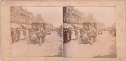 Vieille Photo Stereoscopique Calais Defilé De Voitures Anciennes Fleuries 1924 Rue Pharmacie Centrale DURIE  Foule - Stereoscopic