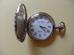 RELOJ MODERNO DE BOLSILLO  COLECCION ALTAYA Montre De Collection - Relojes De Bolsillo