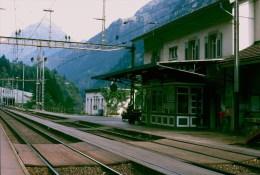 Railway  Station Color Slide Eisenbahn  Switserland, Gurtnellen 25-10-1991 M - 9 - Trenes