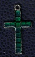 Crucifix Avec Pierres Vertes - Religion & Esotericism