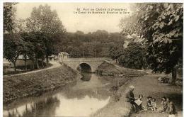 29  CARHAIX ++ Port De C.. Le Canal De Nantes à Brest Et La Gare ++ - Carhaix-Plouguer