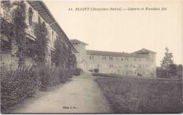 BLIGNY - Galerie Et Pavillon Est - France