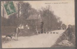 27 - PUCHAY--Arrivée De La Procession--animé - Francia