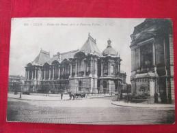 LILLE Palais Des Beaux-arts Et Fontaine Vallon Animée Timbrée 1925 - Lille
