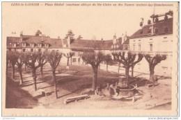 39 LONS LE SAUNIER JURA PLACE BICHAT ANCIENNE ABBAYE DE SAINTE CLAIRE CPA BON ÉTAT - Lons Le Saunier
