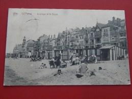 DE PANNE  -  LA PANNE  -  Het Strand En De Dijk  -  La Plage Et La Digue   -  1924  - (2 Scans) - De Panne