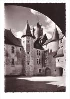 41 Fougeres Sur Bievre Cour D' Honneur Du Chateau Feodal , Carte Non Voyagée - France