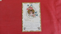 > Valentine's Day Embossed  Left Side Crease  2 Comm Stamps On Back -ref 1856 - Saint-Valentin