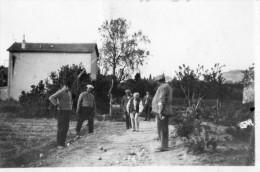 410Ga  Photo Originale Boules Une Partie De Petanque En 1935 Dans Les Basses Alpes - Pétanque