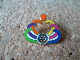 pin�s **  Rotary -  INDE  !   ** grav�  dos india....   -  Association international - aide -