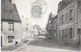 SAINT FIACRE - Une Rue - Francia
