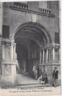 ATTIGNY Avant La Guerre - Passage Du Dôme, Ancien Palais De Charlemagne - Attigny