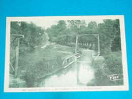 79 ) Le Vanneau - N° 300 - Le Passe-bateau - Année  - EDIT - Flor - France