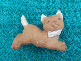 CHAT  Fabriqué Au Japon Hauteur  5 Cm - Cats