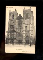 NANTES Loire Inférieure Atlantique : La Cathédrale  ( En Travaux échafaudage ) Vers 1900/1910 - Nantes