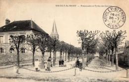 NEUILLY -St-FRONT --Promenades Et écoles Des Garçons - France