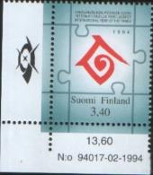 Finlandia - Finland 1994 International  Family Year - Anno Internazionale Della Famiglia  1v  Complete Set ** MNH - Finlande