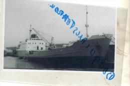 """Photo Bateau Navire """"   Penthièvre """" S N C O France 1973 Chypre ,1976 Alida Grèce 1984 Détruit - Bateaux"""
