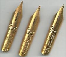 J * JOSEPH GILLOTT'S * IMPROVED * J PEN M * Ecusson (dorée 30,73 Mm) ( 3 PLUMES ) - Piume