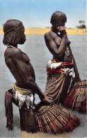 ¤¤  -   1502    -   L'AFRIQUE En Couleurs   -  Scène De Pêche  -  Jeune Fille Aux Seins Nus    -   ¤¤ - Postcards
