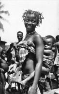 ¤¤  -   1362    -  AFRIQUE  NOIRE   -   Jeune Femme Africaine Et Son Bébé   -   ¤¤ - Postcards