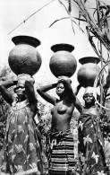 ¤¤  -   871    -  AFRIQUE  NOIRE   -  Porteuses Africaines Aux Seins Nus -   ¤¤ - Postcards