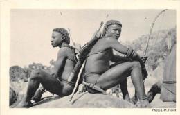 ¤¤  -   Afrique Noire  -  Chasseurs Au Repos  -  Carte De La Compagnie De Navigation Cyprien Fabre Et Fraissinet - Postcards
