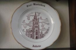 * Jabbeke (Oostende - Brugge) * 1 Uniek Bord Magvam Porselein Van JABBEKE Te IEPER - Céramiques