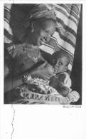 Afrique Noire  -  Femme Allaitant  -  Bébé Au Sein  -  Carte De La Compagnie De Navigation Cyprien Fabre Et Fraissinet - Postcards