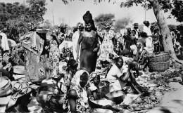 ¤¤  -  1233   -   NIGER    -   NIAMEY   -  Le Marché  -  ¤¤ - Niger