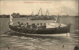 BATEAUX - BATEAU DE SAUVETAGE - CANOT DE SAUVETAGE - LE POULIGUEN - Naufrage - Barche