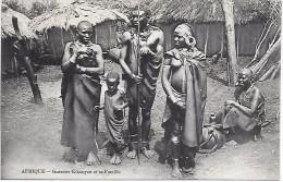 KENYA - Guerrier Kikouyou Et Sa Famille - Kenia