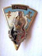 ANCIEN INSIGNE DU GENIE LE 34° RG ( Croix D'Agadès ) DRAGO PARIS OCCASION MAIS TRES BON ETAT - Armée De Terre