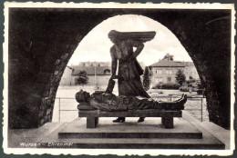 0440 Alte Ansichtskarte AK - Kriegerdenkmal Ehrenmal Wurzen  Gel 1942 - Oorlogsmonumenten