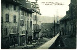11-1173 -SAVOIE - MONTMELIAN :    LA GRANDE RUE - L´HOTEL  DE VILLE - Grimal 4759 -     ( Rue, Terre Battue ??) - Montmelian