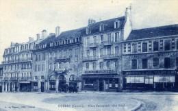 23 -GUERET-  Place Bonnyaud  Animée. Banque Société Générale Hôtel De La Paix - Guéret