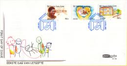Aruba FDCE130 - 50 Jaar Casa Cuna Kinderopvanghuis - Oprichtsters, Huis/handen Met Kinderen/speeltoestellen - NVPH E130 - Curaçao, Nederlandse Antillen, Aruba