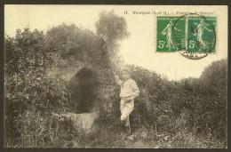 MAUREPAS Fontaine Saint Sauveur () Yvelines (78) - Maurepas