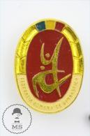 Old Romanian Gymnastics Federation Pin Badge #PLS - Atletismo