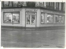 PHOTO MAGASIN SUPER VAL TELEVISION ANGLE RUE DES DAMES ET RUE DE ROME PARIS 17 FORMAT 23.9X18 - Orte