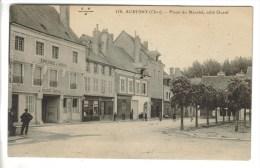 CPA AUBIGNY SUR NERE (Cher) - Place Du Marché Côté Ouest - Aubigny Sur Nere